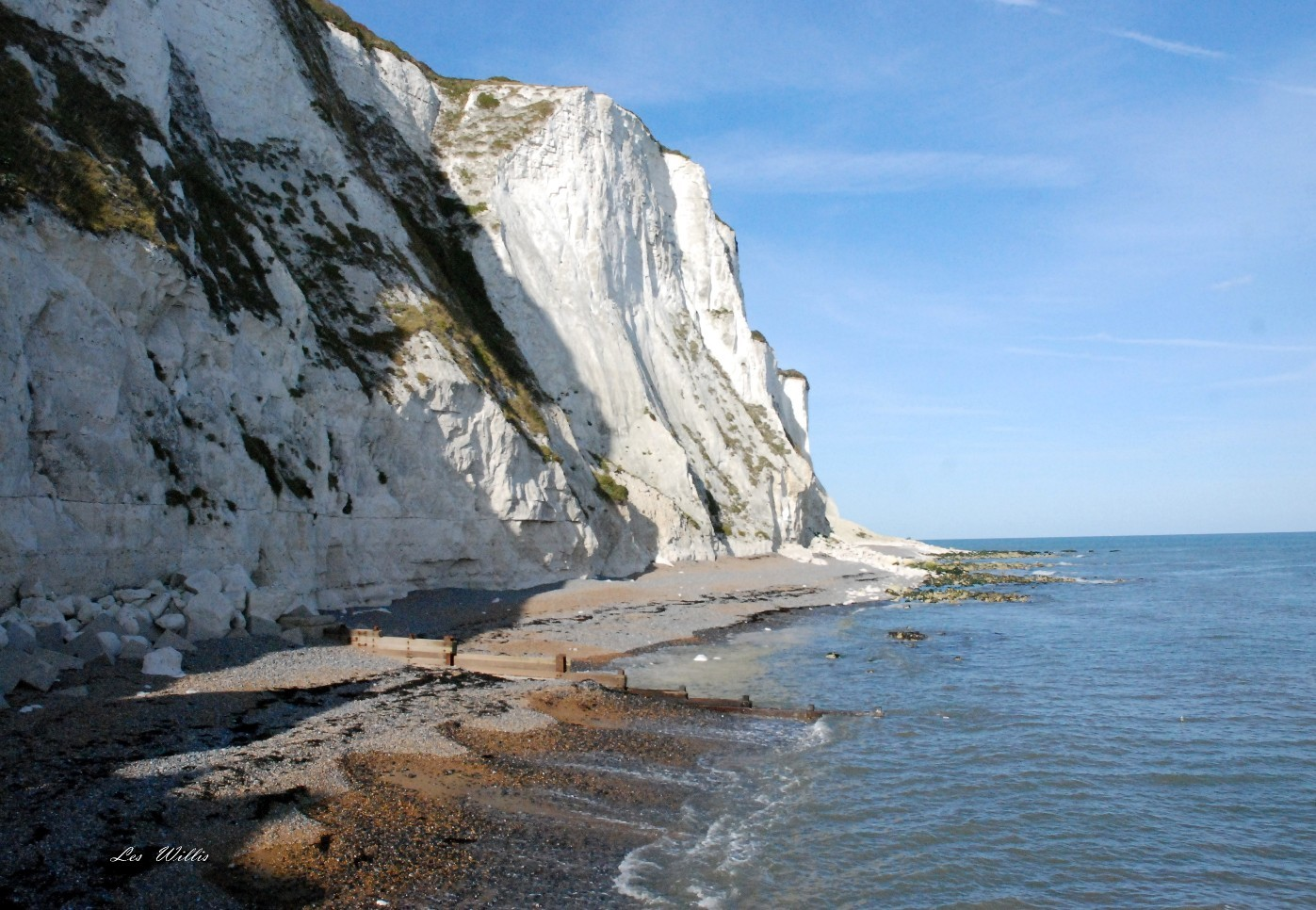 http://unusualplaces.aggress.ru/wp-content/uploads/2011/07/1299914749_6411964_white_cliffs_of_dover_big.jpg